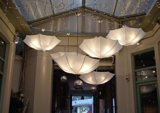Φωτογραφία από την περσινή έκθεση στο Bar Tesera. Το έργο ανήκει στην ομάδα Anamorfosis Architects